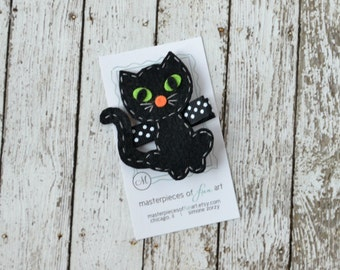 Halloween Cute Black Cat Felt Hair Clip - Cute Halloween Clippies - Fall and Autumn Felt Hair Bows - Black and White Halloween Hair Clips