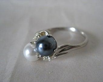 Pearl Gray Rhinestone Silver Ring Vintage 11 1/2 Clear
