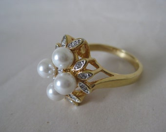 Pearl Rhinestone Gold Ring Vintage Clear 11 1/2