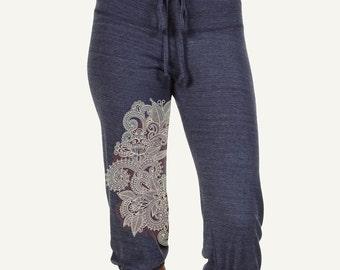 Henna Yoga pants, Mehndi Print crop pants,  Lounge pants, Workout Pants, Cotton Capris, Gift for Her