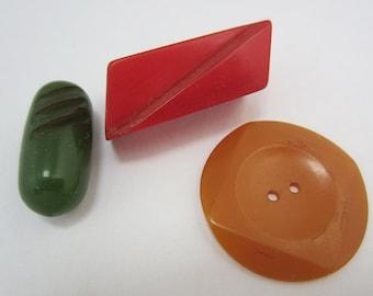 bakelite buttons fun shapes