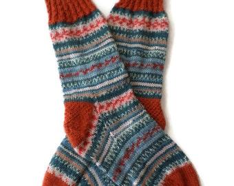 Socks - Hand Knit Womens Fair Isle Socks with Contrasting Pumpkin Cuff - Size 7-8.5