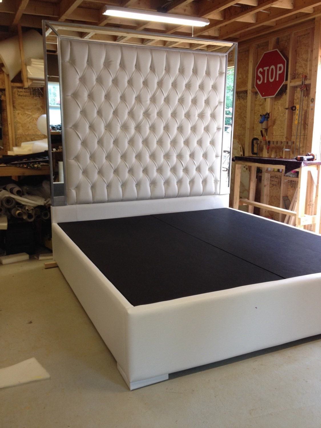 white faux leather king size platform bed queen size bed. Black Bedroom Furniture Sets. Home Design Ideas