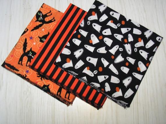 Halloween cloth napkins ghosts black cats stripes mixed prints for Halloween cloth napkins