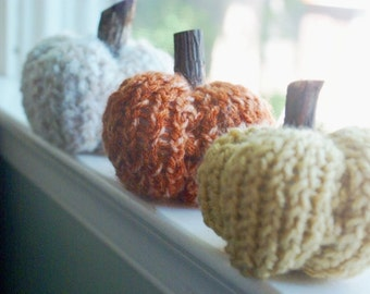 Set of 3 Knit Pumpkins- Fall Home Decor- Rustic Pumpkins- Rustic Home Decorations- Fall Pumpkins- Thanksgiving Table- Thanksgiving Gifts
