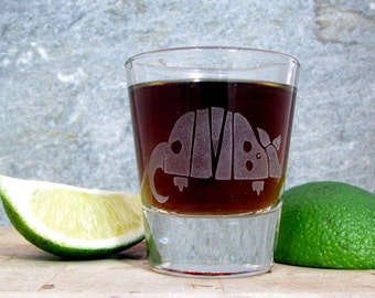 Texas Armadillo | Etched Shot Glass