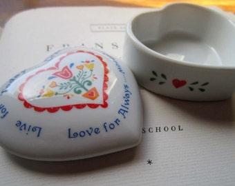 Vintage heart Box * Scandinavian Folk Art * Primary Colors * Papel 1980's Glass Heart Box