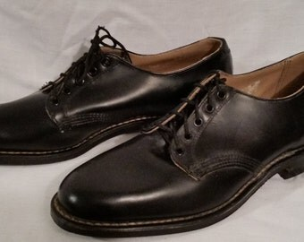 NOS, Vintage shoes, men's size 6, black, deadstock