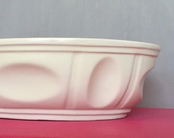 Haeger Bowl Oval Ceramic Pottery Made in USA Vintage Shabby Chic Country Living