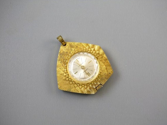 Vintage Lucerno Antimagnetic Swiss Made ladies pendant necklace watch textured asymmetrical