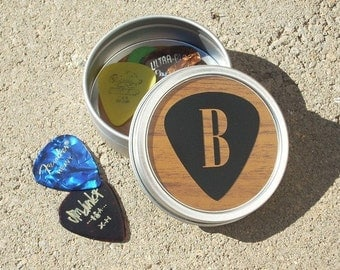 Guitar Pick Tin, guitar picks holder, musician gift, small gift for men, stocking stuffer, pick holder, father's day gift, guitar pick, gift
