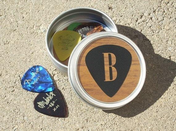guitar pick tin guitar picks holder musician gift small. Black Bedroom Furniture Sets. Home Design Ideas