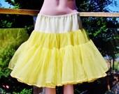 Yellow Petticoat, Yellow Crinoline, 50s Yellow Tutu, 50s Vintage Lingerie, yellow half slip, osfm