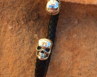 C44 Sterling Silver Skull End Braided Leather Cuff Southwestern Native Style Unisex Comfort Biker