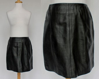 80's Black Leather Mini Skirt / A - Line / No Waistband / XSmall to Small