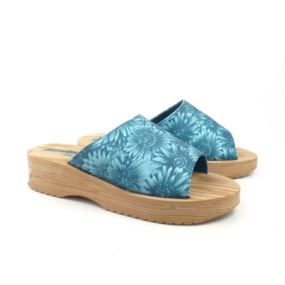 foam wedge sandals vintage 1990s blue sunflower print