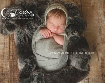 RTS BLacK Chinchilla Faux Animal Fur, BaSKeT StuFfer Newborns, Newborn Photography Props, Baby Props, Newborn Prop, Soft, Sheepskin Pelt