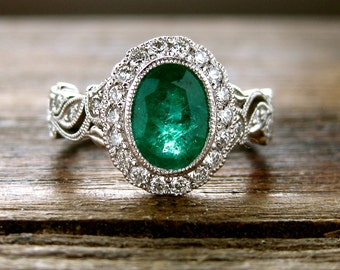 Emerald Engagement Ring in 18K White Gold with Diamonds in Flower Buds and Leafs on Vine Motif Size 6