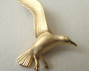 Vintage Gold Tone Brooch Metal Signed Giovanni Flying Seagull  Bird Pin