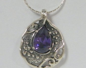 Floral Necklace 925 Sterling Silver set with Amethyst Zircon