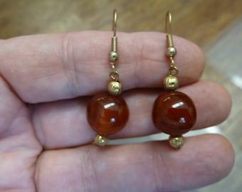 12mm Orange CARNELIAN one bead gemstone on gold tone dangle hook earrings EE447-i