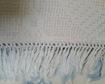 SALE - Vintage Full Or Twin Size Bates Hobnail Chenille Bedspread Washington's Choice Design from Rustysecrets