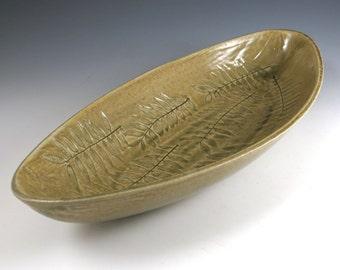 Leaf Ceramic Serving Bowl Pottery- Fruit Bowl - Nature Leaf Pattern - Celedon Green -362