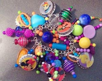 Disney Disneyland Hand Beaded Bottle Cap Charm Bracelet Jewelry Mickey Mouse Minnie Donald Tinkerbell