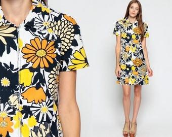 Mod Mini Dress 60s A Line Shift Yellow FLORAL Print 70s Hippie Peter Pan Collar Navy Blue White Vintage Front Zip Short Sleeve Medium