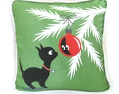 Christmas Kitty Throw Pillow / Christmas Decor / Black Cat Pillow / Red Ornament / Handmade Decorator Pillow / Green with Piping / 16 x 16