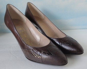 Vintage Bruno Magli Brown Leather/Snake Pump Shoes. Size 7AA. Italy. Never Worn