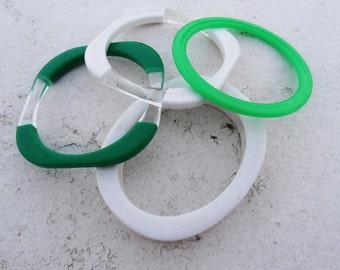 Vintage 1970s Green and White Avon Springtime Bangles