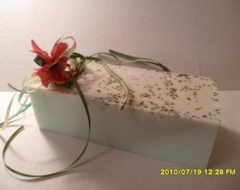 Tea Tree & Peppermint Soap Loaf  with Peppermint Herb    2 LB    All Natural - Detergent Free