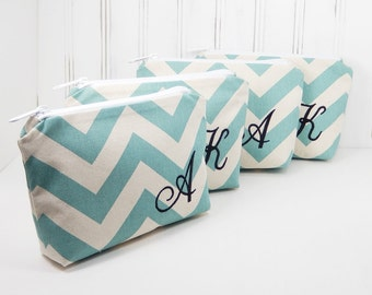 Set of 4 Personalized Makeup Bag Clutch chevron stripes with Initial, Bridesmaid gift cosmetic pouch Small, Bridal party set, bride 6x8 bag