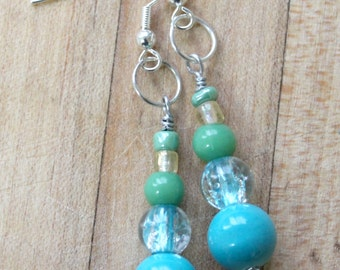 Turquoise green earrings,glass beads,clear beads,glass bead earrings,turquoise earrings,turquoise glass beads,turquoise glass bead earrings