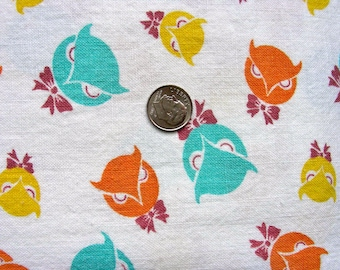 Vintage  Feedsack Feed Sack Cotton NOVELTY Fabric - Cutest Little Owl Heads in Orange, Yellow and Teal Green  -  36 x 34