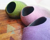 Cat Cave / cat bed - handmade felt - the Pastel collection - S,M,L,XL + free felted balls
