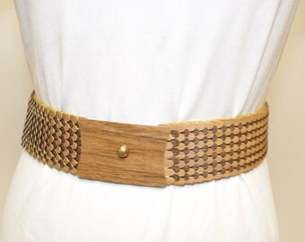 Vintage Fish Scale Wood Grain Metal Belt