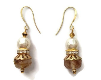 Pearl and Faceted Agate Beaded Dangle Earrings with Gold Plated Hooks