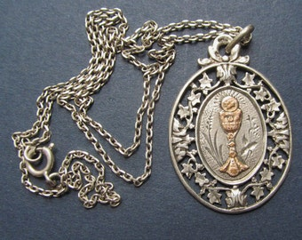 Antique Communion French Silver Religious Medal Cut Ivy Catholic Pendant Necklace Jewelry  SS48
