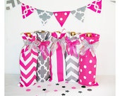 Baby Shower Wine Bags, 5 pack wine sacks, Hostess Gift, Pink Polka Dot, Wedding Party Gifts, Bridesmaid Gifts, Wine Lover Gift, Girly Gifts