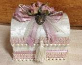 Shabby pink rose jewelry box