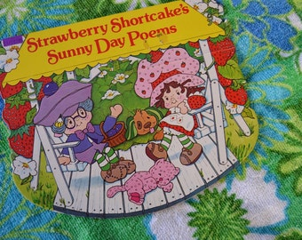 Vintage 1980s Strawberry Shortcake's Sunny Day Poems Rocking Book