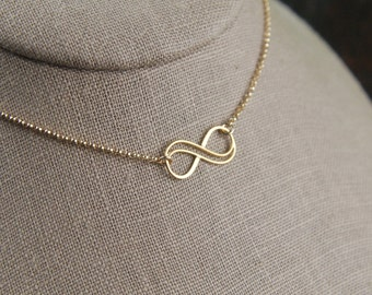 Small double infinity necklace in gold filled, gold filled necklace, infinity knot, infinity symbol, bridal jewelry, gold necklace