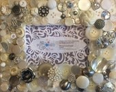 """MOTHER Themed Button Picture Frame In Ivory, White and Silver for 4""""x6"""" photo"""