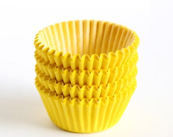 MINI Yellow Cupcake Liners (100)