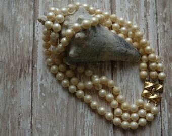 Vintage Japan Monet Necklace Classic 3 Strand Choker Faux Pearl Demi Parure Art Deco Ambient Atelier Conversation Jewelry Antique Dealer