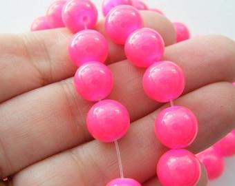 82 Pink glitterglass beads B180