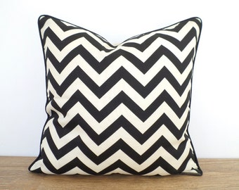 Black outdoor pillow cover 18x18 , chevron cushion piping for outside bench, geometric pillow black and ivory, modern outside cushion