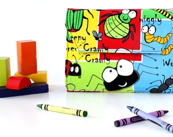 Bugs Deluxe Crayon Wallet, Easter gift, Ready to ship, Crayon organizer, Children's coloring toy, Art wallet, Travel toy, Crayon case
